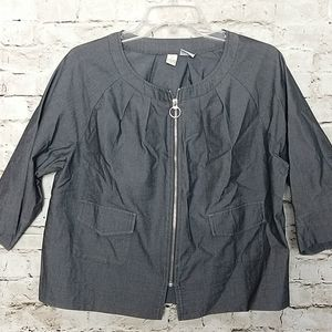 REQ Jacket Size 12 Gray Zipper Front  Pockets